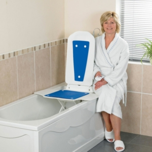 Bathlift Bathmaster Deltis With Blue Covers Uk